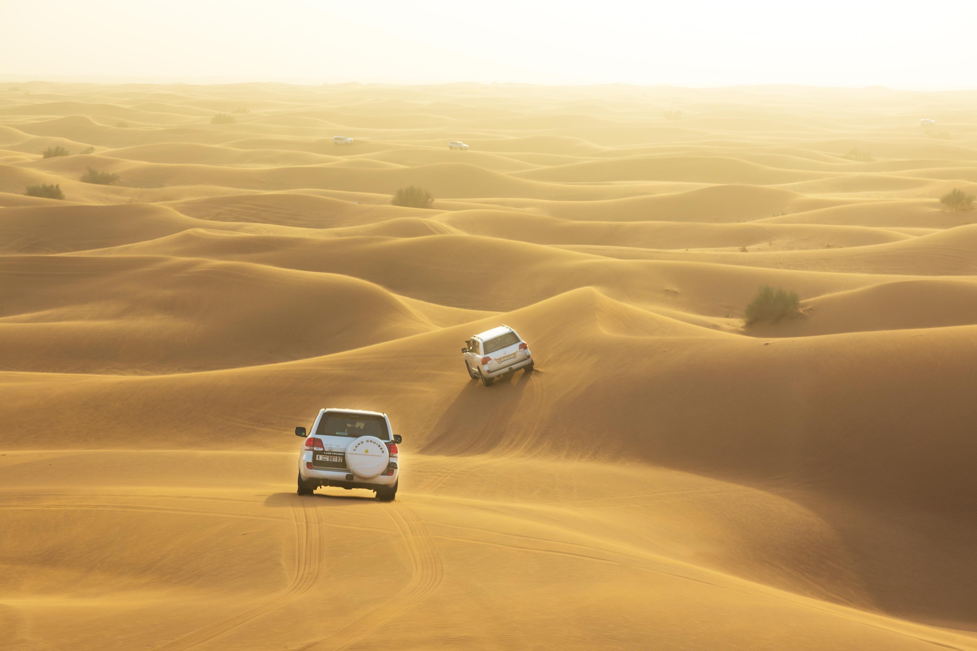 пустыня в дубай название